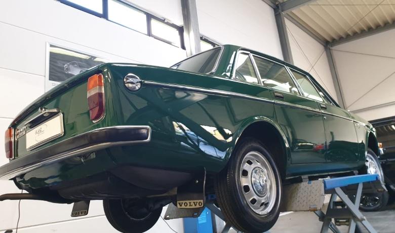 alter Volvo wird aufgearbeitet